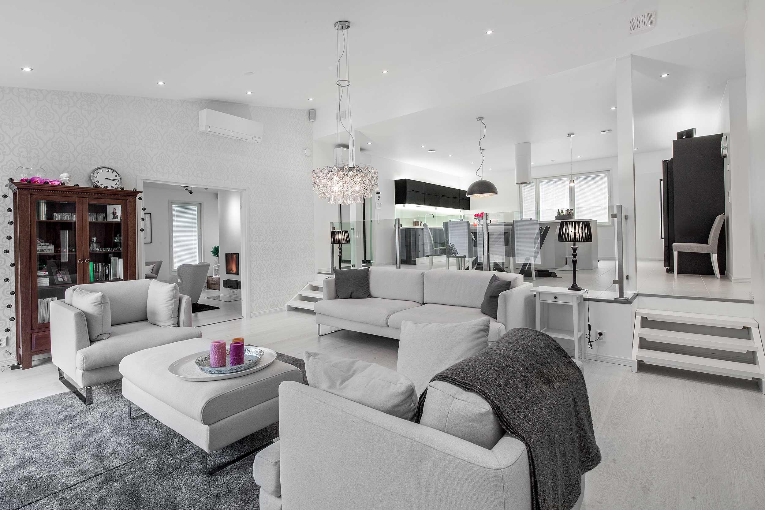 moderni vaalea asuntokuvaaja
